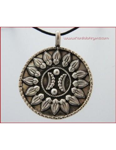 Ciondolo Argento 925 : Medaglione Grande inciso con laccio