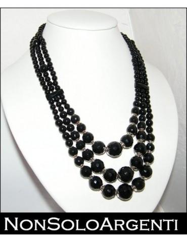 Girocollo collana da donna con perle calibrate di onice naturale sfaccettata 3 fili